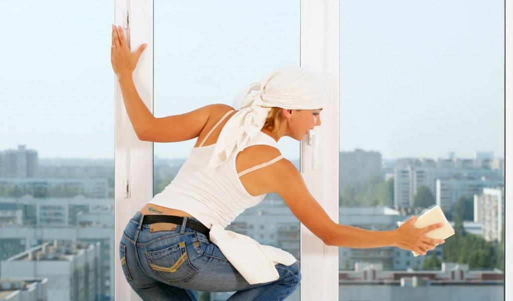 Как правильно вымыть окна после зимы, чисто и без разводов?.